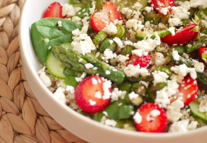 Salade d'Asperges Vertes et Fraises