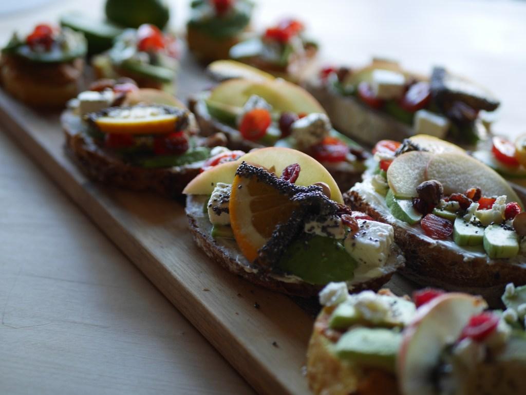 yoga-ski-cooking-avocado-toast
